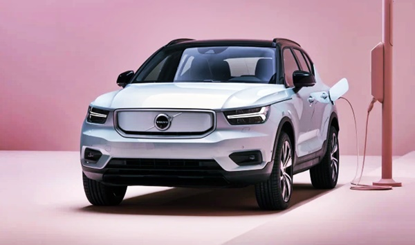2021 Volvo XC40 Recharge New Design